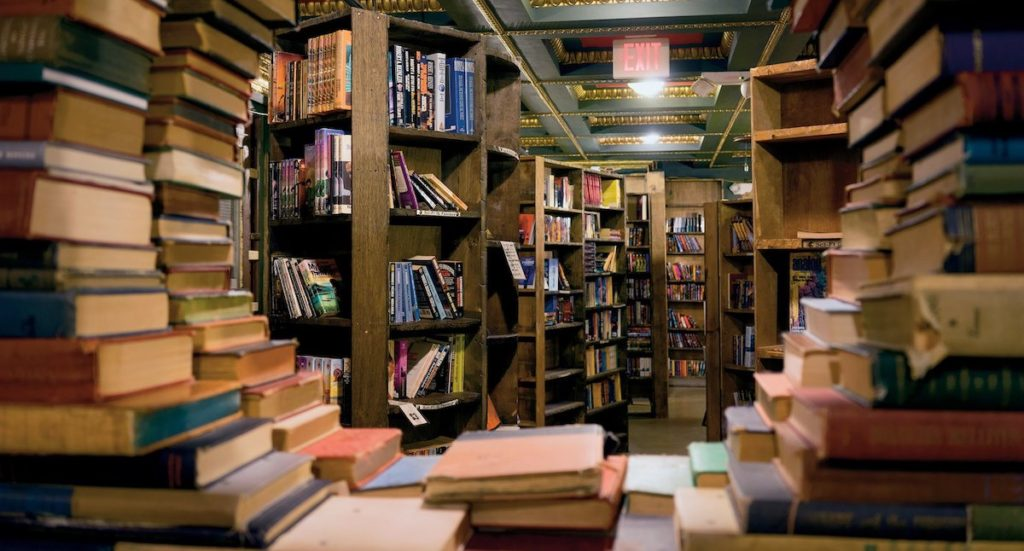 Kelebihan-Kelebihan Membuka Toko Buku Secara Online