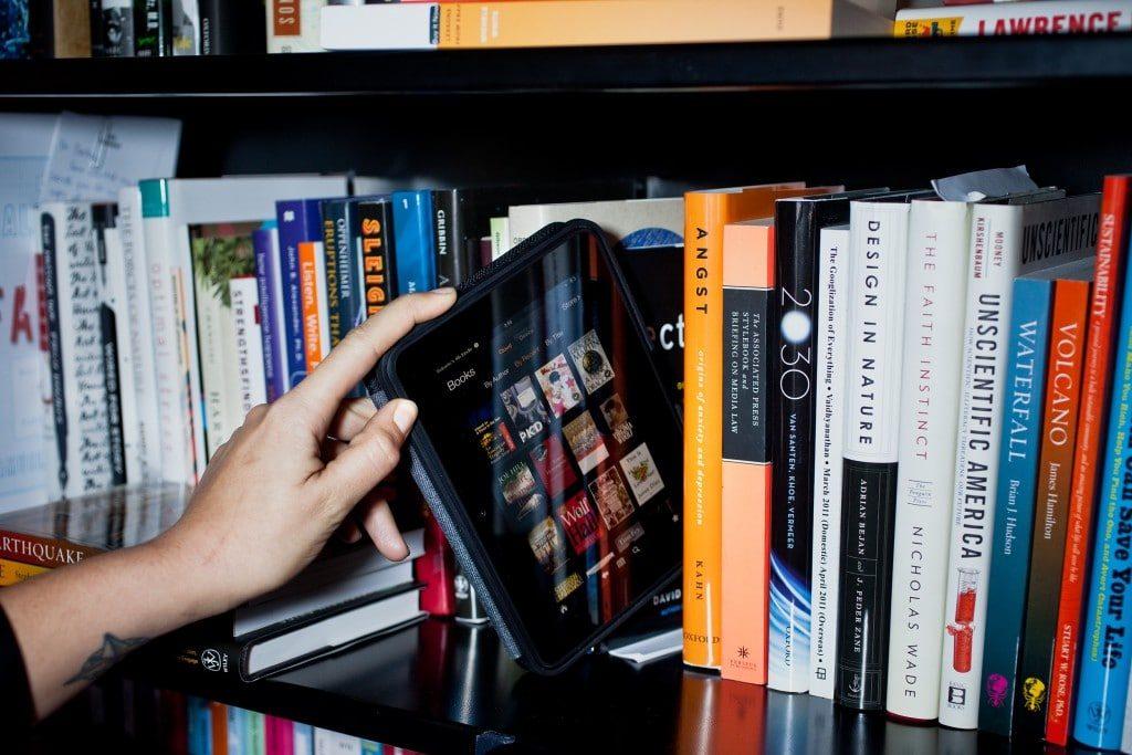 4 Manfaat Dari Memasarkan Buku Secara Online