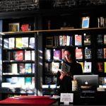 Hobi Buku Hingga Jadi Toko Buku Online